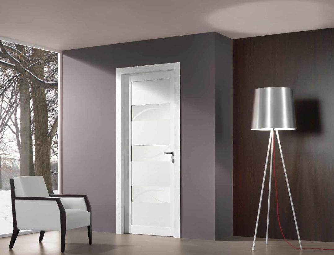 porta in legno massello a vetro